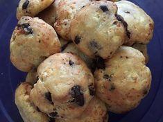 Egyszerű csokis keksz 🍪 Muffin, Breakfast, Food, Morning Coffee, Essen, Muffins, Meals, Cupcakes, Yemek