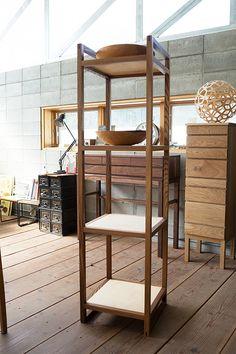 굿핸드굿마인드 Shoe Storage Bins, Large Storage Cabinets, Bookcase Storage, Table Storage, Wood Storage, Wood Shelves, Bedroom Storage Ideas For Clothes, Blanket Storage, Storage Container Homes