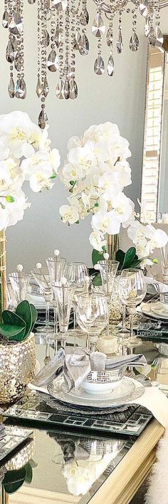 Entertainment Lifestyle – Table Decor and Events for Spring & Summer Bel Air Mansion, Come Dine With Me, Absolutely Gorgeous, Beautiful, Stay The Night, Holidays And Events, Party Themes, Table Settings, Entertainment
