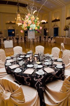 #Minnesota #weddings #LafayetteClub I have no idea where this is in Minnesota but I want my reception to be here!! So pretty. :)