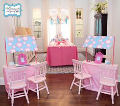 The ultimate spa party. little girl mani/pedi/make up party! Spa Birthday Parties, Sleepover Party, Slumber Parties, Birthday Ideas, Girl Spa Party, Kids Spa, Pamper Party, Bday Girl, Princess Party