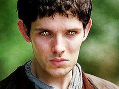 Colin Morgan & Merlin Fan site U. Merlin And Arthur, King Arthur, Merlin Colin Morgan, Merlin Cast, Bbc Tv Series, Bradley James, Magic Eyes, Super Heros, Sweet Stuff