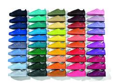 Pharrell Williams signe avec Adidas Originals une collection en édition limitée, dans une variété inédite de coloris.