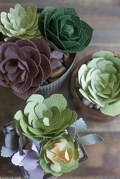 Paper Flowers | 31 Free Wedding Printables Every Bride-To-Be Should Know About