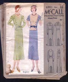 1932 MCall 6901 Pattern - Ladies' Stunning Art Deco Day Dress