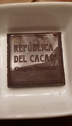 Chocolate tasting with Republica del Cacao chocolate from Ecuador. (Plus a Contest! Enter to win a chocolate care package by September 20th! USA only)