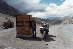 Elspeth Beard at Srinagar Leh pass