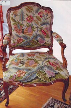 Needlepoint kit for a Regency armchair from Bucherie.com. Just the painted canvas and wools for the design cost about $ 1,400 US, not counting the chair! But how amazingly gorgeous it is.