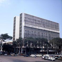 Vasco Vieira da Costa. Ministério das Obras Públicas, Luanda, 1968.