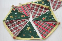 Gingerbread love bunting £9.49