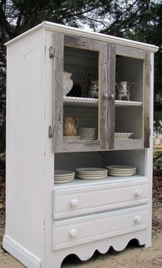 Dresser. Bookcase. Display. Linen Cupboard. The uses are endless...