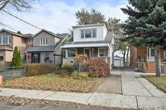 149 South Woodrow Boulevard, Toronto, Ontario