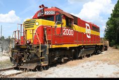 RailPictures.Net Photo: FEC 2000 Florida East Coast Railroad (FEC) EMD GP40 at Jacksonville, Florida by Patrick Treadaway