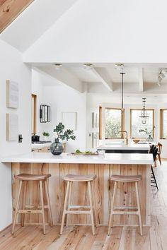Classic Kitchen, New Kitchen, Kitchen Ideas, Kitchen Modern, Kitchen Designs, Kitchen Hacks, Kitchen Inspiration, Eclectic Kitchen, Modern Kitchens