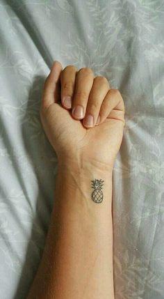 Tatuajes Gay Petite Adolescente