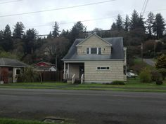 529 Eklund Ave, Hoquiam, WA 98550