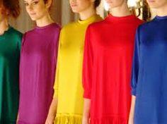 Muitas mulheres ficam em dúvida na hora de escolher a roupa para usar na festa de reveillon. Saiba que não...