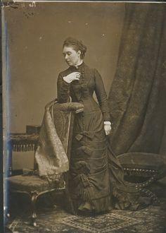 Alexander Bassano (1829-1913) - Victoria, Crown Princess of Germany (1840-1901) circa 1878