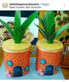 Food canisters turned into Sponge Bob square pants Spongebob Birthday Party, Boy Birthday Parties, Diy Birthday, Birthday Party Decorations, Spongebob Party Ideas, Spongebob Crafts, Summer School Themes, Spongebob Square, Crafts For Boys