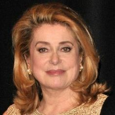 Catherine Deneuve, now - even great beauties age. Catherine Denueve, Beautiful People, Beautiful Women, Wise Women, French Actress, Role Models, Style Icons, Amazing Women, Naked