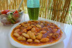 ΜΑΓΕΙΡΙΚΗ ΚΑΙ ΣΥΝΤΑΓΕΣ: Γίγαντες κατσαρόλας απίθανοι !!! Chana Masala, Ethnic Recipes, Food, Essen, Meals, Yemek, Eten