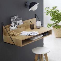 Petit bureau mural en bois et métal noir dans une entrée Folding Desk, Wall Desk, Room Color Schemes, Bedroom Images, Wood Sizes, Light Oak, Glass House, Wood And Metal, Home Office