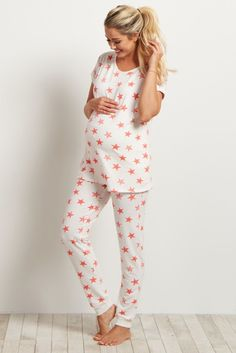 A super comfortable maternity pajama pant you can feel good sleeping in all night long. A soft material and star print give you a fun pair of pants that will accommodate your belly from week to week. Pair these pants with the matching pajama top for a complete sleepwear set.
