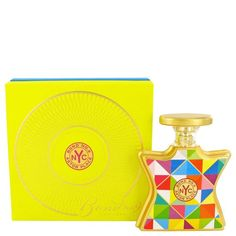 Bond No 9 Astor Place Perfume 100ml EDP Women Spray | The perfume is an homage to the sculpture the cube byTony Rosenthal, located at the plaza in Manhattan where Lafayette Street meets the bowery. Top notes sparkle with mandarin and violet leaves, a heart blooms with freesia, red poppy buds and iris root. The base notes are multi dimensional with accords of teak wood, musk and amber.