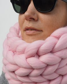 A Chunky Knit Cowl is a stylish gift for yourself or your friends that will also keep you warm & cosy this winter! Handmade from hypoallergenic Merino wool. Chunky Knits, Chunky Scarves, Oversized Scarf, Knit Cowl, Arm Knitting, Make Color, Stockinette, Winter Looks, Cosy