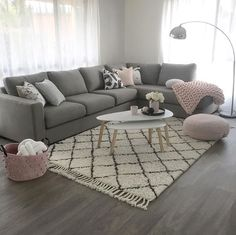 Gray and pink living room - is to me - Living rooms - # is .- Graues und rosa Wohnzimmer – ist zu mir – Living rooms – … Gray and pink living room – is to me – Living rooms … - Living Room Grey, Living Room Sofa, Living Room Interior, Living Room Furniture, Living Walls, Blush Grey Copper Living Rooms, Living Room Ideas Grey And Blue, Grey Loving Room Ideas, Ideas For Living Room