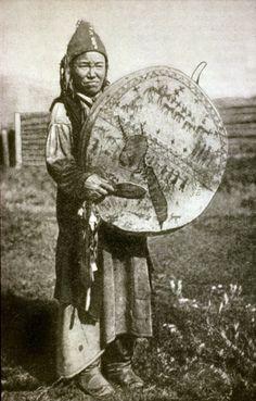 Kachin Shaman Woman, the Khakass Peoples drum Shaman Woman, Spiritual Animal, Religion, Earth Spirit, Witch Doctor, Pulp, Sacred Plant, People Of The World, Samana