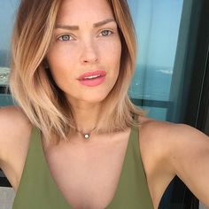 Last day in Dubai  Thanks a lot @cookie_dxb @nakulberry @teamtoh @sofiteldubaipalm @pachaibizadubai @fabriceterpereau @zumadubai @purobeachdubai Caroline Receveur Hair, Haar Make-up, Hair Inspo, Hair Inspiration, Pretty Hairstyles, Balayage Lob, Sombre Hair, Lob Hair, Good Hair Day