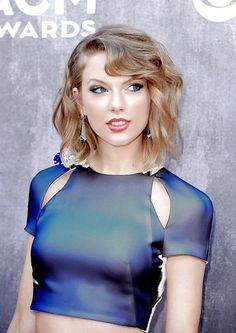 Daily celebs sexy and nude Taylor Swift Hot, Estilo Taylor Swift, Taylor Swift Style, Taylor Swift Fashion, Swift Photo, Taylor Swift Pictures, Celebs, Celebrities, Queen