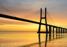 Portugal Surpreende/Portugal Surprises Brand: Portugal Product: Website Work: Copy