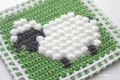 Crochet Bobble Stitch Sheep Square - Repeat Crafter Me free pattern