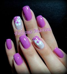 Nail art Christmas - the festive spirit on the nails. Over 70 creative ideas and tutorials - My Nails Fingernail Designs, Toe Nail Designs, Fancy Nails, Pretty Nails, Pedicure Nail Art, French Pedicure, Pretty Nail Designs, Purple Nails, Purple Glitter