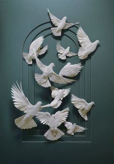 http://webneel.com/webneel/blog/creative-paper-sculptures-calvin-nichollspaper sculpture (14)