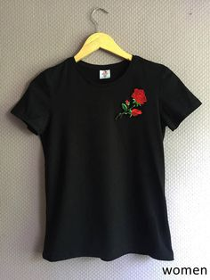 Items similar to T-Shirt with Rose Patch black/white Men/Women on Etsy Casual T Shirts, Cute Shirts, Simpsons T Shirt, Simple Kurta Designs, African American Fashion, T Shirt Painting, Latest Fashion For Women, Shirt Shop, Shirt Outfit