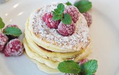 Learn how to make delicious Oatmeal Pancakes in this Recipe. Oatmeal Pancakes are a great addition to any healthy breakfast. Cream Cheese Pancakes, Vegan Pancakes, Protein Pancakes, Fluffy Pancakes, Buttermilk Pancakes, Coconut Pancakes, Oatmeal Pancakes, Banana Pancakes, Keto Breakfast Muffins