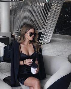 Gorgeous hoe' by Juampi* Chic Black Outfits, Classy Outfits, Girl Outfits, Casual Outfits, Fashion Outfits, Vogue Fashion, Look Fashion, Fashion Beauty, Girl Fashion