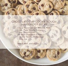 Chocolate Chip Cookie Dough Shakeology Recipe - added caramel and cocoa Shakeology Shakes, Beachbody Shakeology, Vanilla Shakeology, Chocolate Shakeology, Shakeology Mug Cake, Protein Chocolate Chip Cookies, Vegan Shakeology, Protein Shake Recipes, Smoothie Recipes
