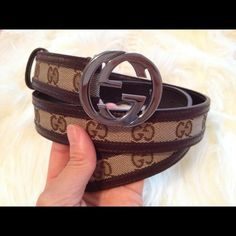 0361fb5c1 SOLD ON DEPOP Beautiful Vintage Gucci belt with iconic locking G's. Buckle  is 100 percent authentic beautiful Gold color. Definitely a…