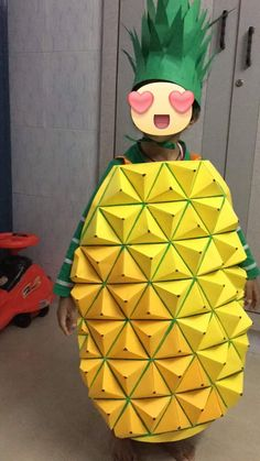 Nutrition Month Costume For Kids Fancy Dress Costumes Kids, Fancy Dress For Kids, Cool Costumes, Diy For Kids, Crafts For Kids, Arts And Crafts, Pineapple Costume Diy, Nutrition Month Costume, Fancy Dress Competition