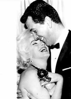 Marilyn and Rock Hudson at the Golden Globe Awards, 5 March 1962.