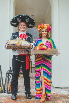 Fiesta Outfit Ideas lets taco bout getting married backyard engagement fiesta Fiesta Outfit Ideas. Here is Fiesta Outfit Ideas for you. Fiesta Outfit Ideas my fiesta outfit ideas fiesta san antonio fashion haul. Fiesta Outfit Id. Mexican Birthday Parties, Mexican Fiesta Party, Fiesta Theme Party, Party Themes, Mexican Menu, Party Ideas, Theme Parties, Theme Ideas, Diy Party