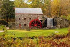 Wayside Inn, Sudbury MA.  Longfellow's Garden $250, Horse & Surrey $300, Planner $100.  $200 bartender fee. 60/pp Package Includes:   - Cheese and Fruit Display   - Vegetable Crudités Display   - Wine or Champagne for the Toast   - Homemade Grist Mill Bakery Basket   - White Table Linen and Napkins   - Tiered Wedding Cake  Add 9 % Tax & 18% Gratuity