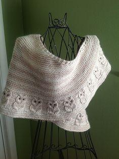 Knitting Patterns Shawl Ravelry: Hogwarts Express pattern by Susan Ashcroft Knitted Poncho, Knitted Shawls, Crochet Scarves, Shawl Patterns, Knitting Patterns, Crochet Patterns, Knit Or Crochet, Crochet Shawl, Knitting Projects