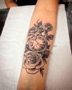forearm tattoos toman tattoos toman sleeve shoulder tattoos toman tattoos toman classy back t Forearm Flower Tattoo, Small Forearm Tattoos, Forearm Sleeve Tattoos, Leg Tattoos, Flower Tattoos, Body Art Tattoos, Small Tattoos, Tattoo Art, Girl Arm Tattoos