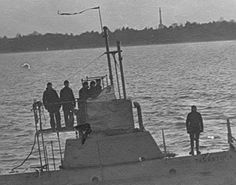 Through the Looking Glass - Submarine History 1900 to 1940