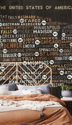 Always wanted to know all the names of the states? Well, now you can with this amazing US City Map wallpaper. We love the earthy, dark tones in this USA wallpaper. The charcoal blacks, coffee-browns and steely greys give it an industrial look that would look fantastic in a cool man cave, home office or even a rustic bedroom! Style with neutral colours such as burnt oranges, creams and greys, and bring in texture through wooden furniture. It's not only stylish but also educational! Tap to shop! Usa Wallpaper, Designer Wallpaper, Green River, Green Bay, International Falls, Neutral Colors, Colours, Word Map, Usa Cities